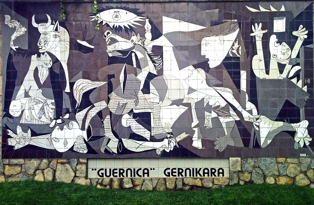 Picking a topic for essay Picasso Guernica